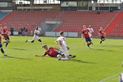 Spvvg-Unterhaching-Hallescher-FC-10
